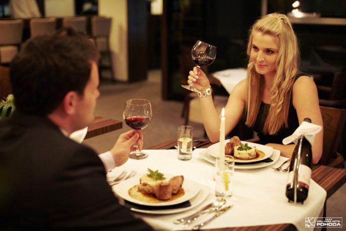Restaurace Atmosféra hotelu Pohoda, moderní gastronomie Pozlovice