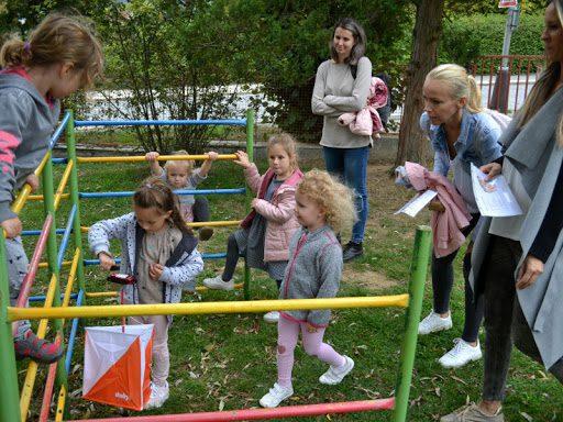 dětské hřiště – Luhačovice venku